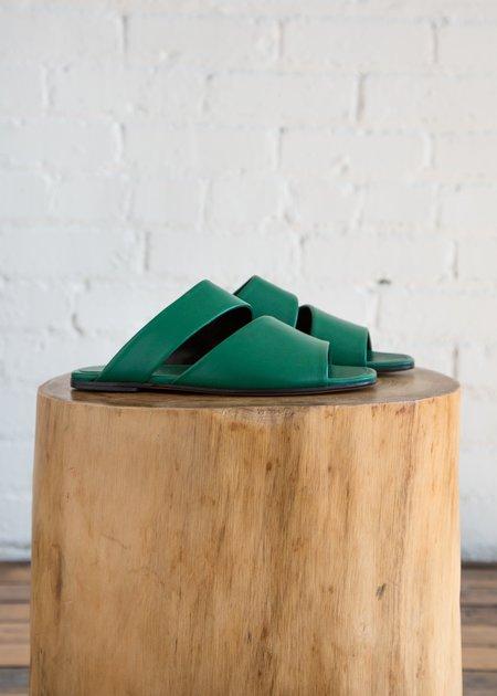 Alumnae Style 628 Slashed Slide Sandal Verde Nappa