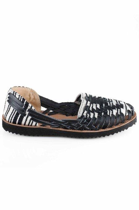 Ix Style Woven Leather Huarache Sandal - Black/White
