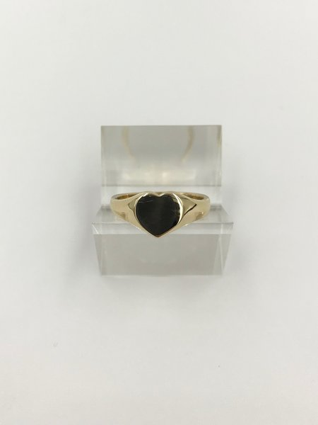 Tidy Street General Store Heart Ring- 9ct Gold