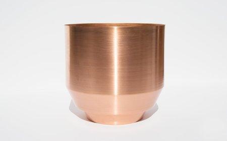 """Yield 8"""" Copper Spun Planter"""