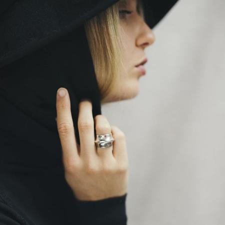 Uni Jewelry Loua Ring - Silver