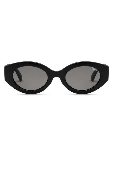 quay see me smile sunglasses - black-smoke