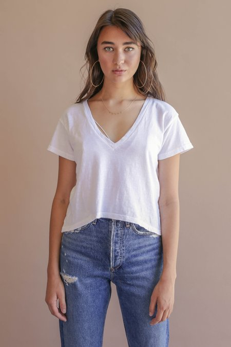 LNA Plain Sparks V Neck Tee - White
