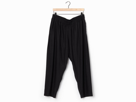 Alasdair Lina Silk Pants - black
