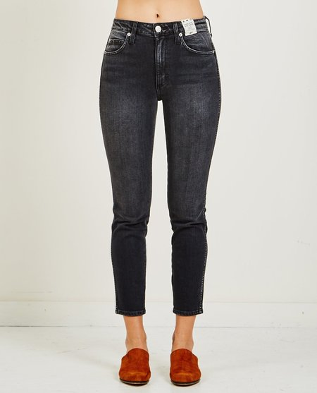 amo denim STIX HIGH RISE CROP ANKLE SKINNY jean - WASHED BLACK