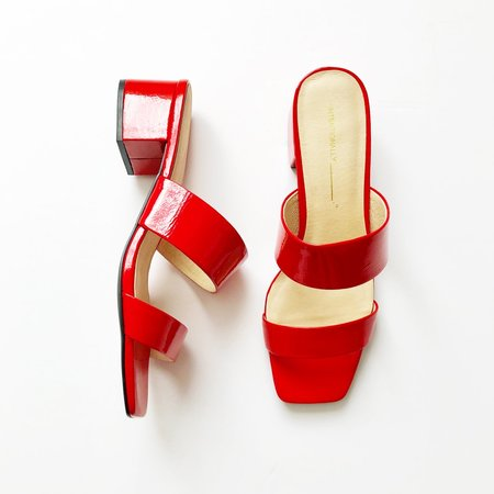"""""""INTENTIONALLY __________."""" Scamp Patent Mules - cherry red"""