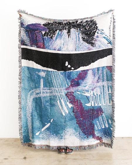 K-Apostrophe Manchas & Marks Woven Throw Blanket