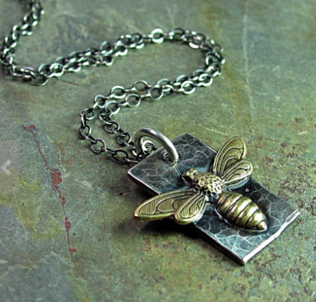 Lavender Cottage Sweet Bee Necklace - Sterling Silver/Brass