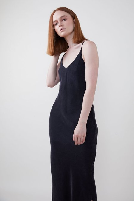 OZMA LONG CUPRO SILK SLIP DRESS - black