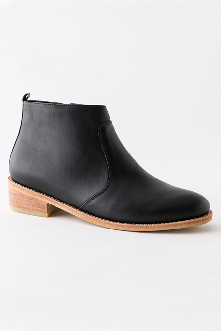 Fortress Of Inca Cara Bootie - Black