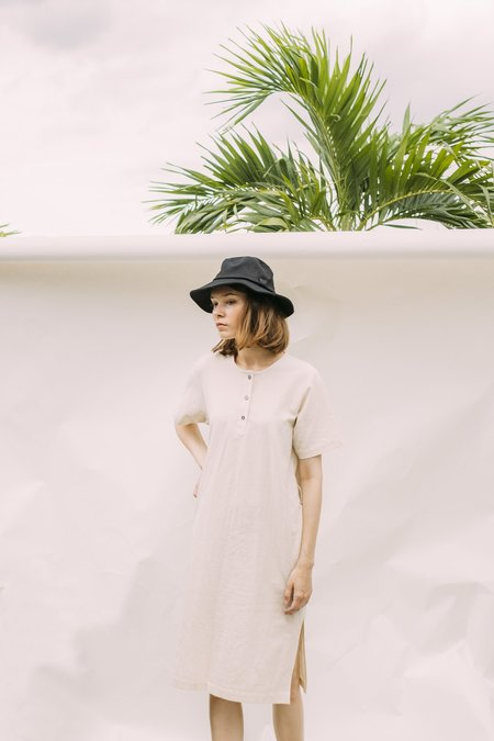 Seeker x Retriever Leisure Dress - Natural