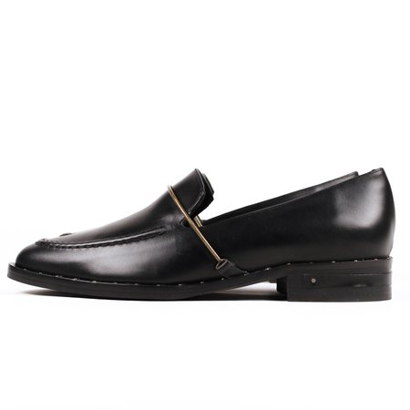 Freda Salvador Light Loafer - Black
