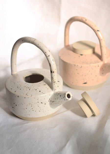 YYY Low Teapot
