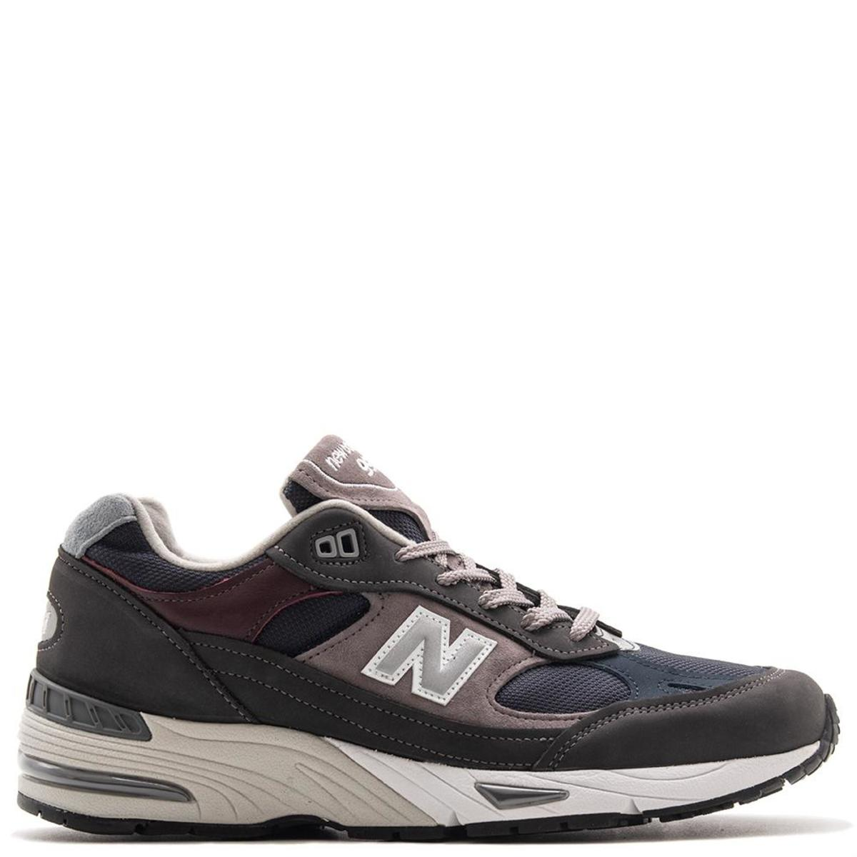 new balance m991gnn