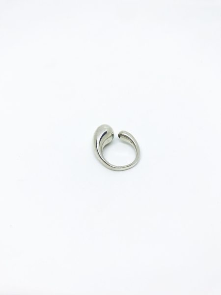 Jacqueline Rose Fluid Ring - Silver