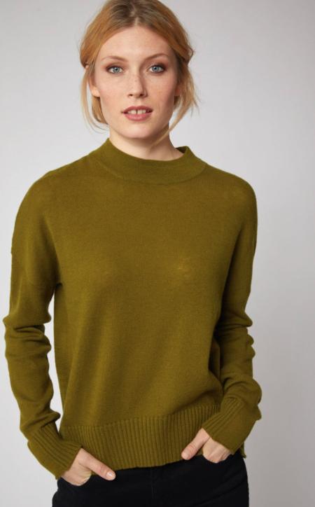 Lanius Casual Organic Merino Wool Sweater - Avocado