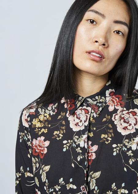 Hannes Roether Fine Button Up Dress - black/floral