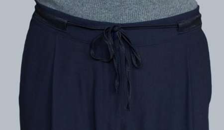 Acoté Drawstring Trouser with Black Contrast Waistband - NAVY