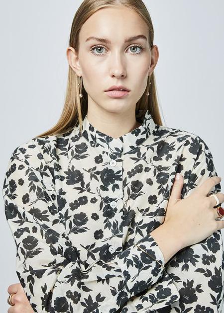 Sara Lanzi Oversize Straight Collar Shirt - Off White/Black Floral