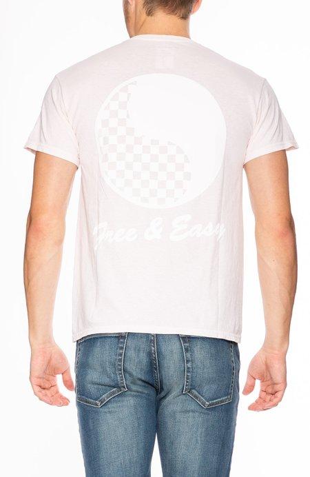 Free & Easy Checkered Yin Yang T-Shirt - Pale Pink