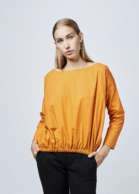 Ter et Bantine Boat Neck Gathered Blouse - Orange