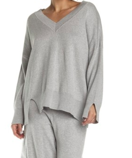 Planet Chic V Sweater - Heather Gray