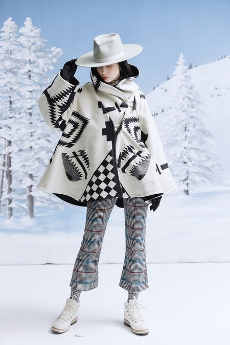 Lindsey Thornburg + Pendleton Los Ojos Trench Cloak - White