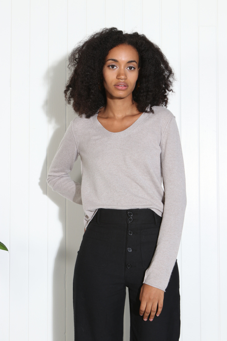 Inhabit U Neck Cashmere Sweater - Drift