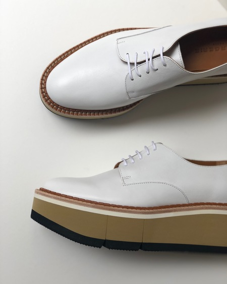 Robert Clergerie Barbara Derby Leather shoe - White