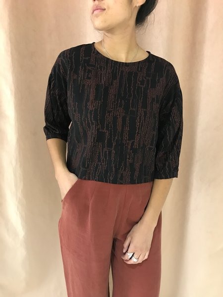 EVE GRAVEL THREE SISTERS top - BROWN PARCHMENT