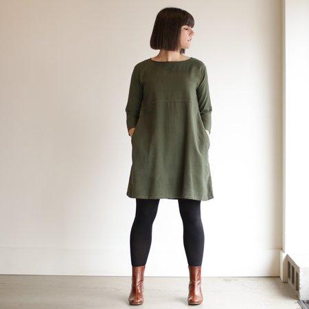 Me and Arrow Basic Dress - Moss