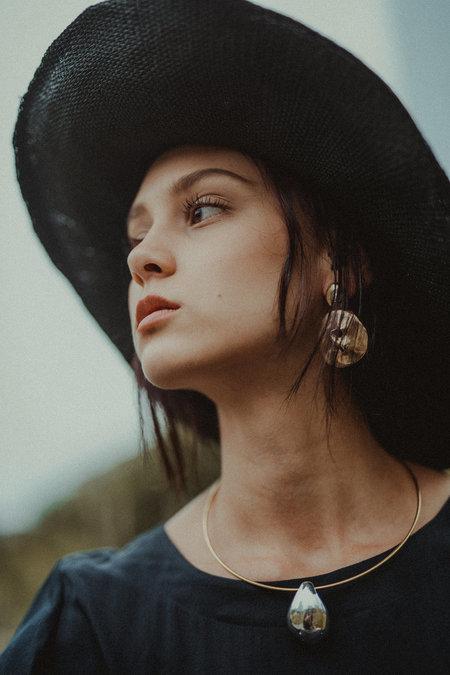 Uni Jewelry Ligne Stud Earrings