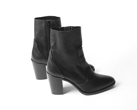 Crosswalk Pico Boot - All Black