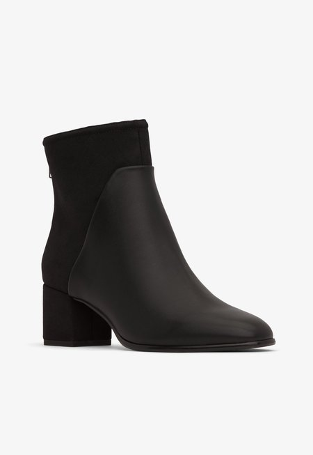 Matt & Nat Dea Boots - Black