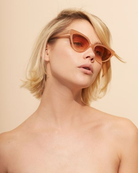Love Is You And Me Velvet Canyon Beat Generation Sunglass - Peach