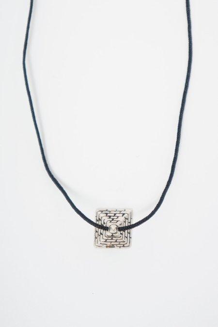 BORD DE L'EAU J.ENOX PYRAMID NECKLACE - Silver