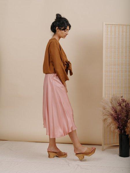 Wolcott : Takemoto Shadow Skirt - Pink Silk