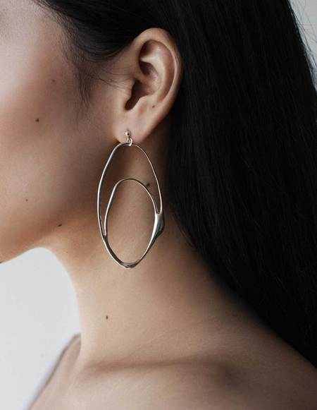 Aere Store Hoop Earrings
