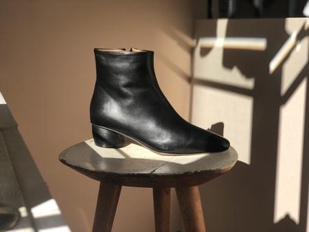 LOQ MATEA BOOTS - Black