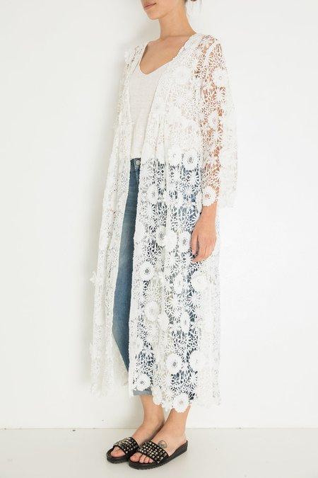 Ne Quittez Pas Crochet Lace Duster - White