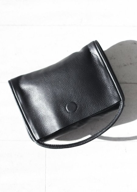 Are Studio Mano Clutch - Onyx