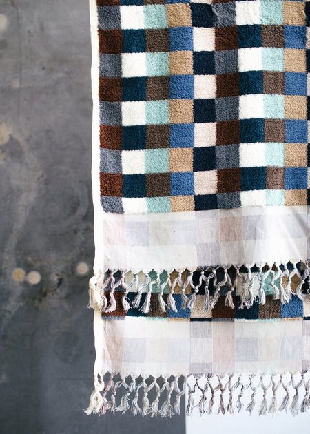 Cuttalossa Plush Large towel - Multi-Checkered