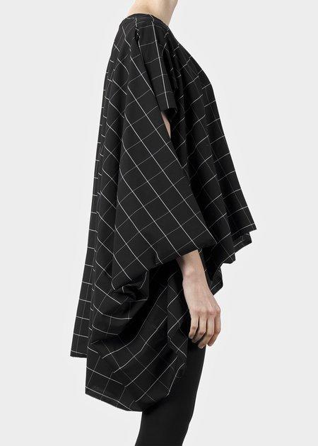 complexgeometries grid top - black