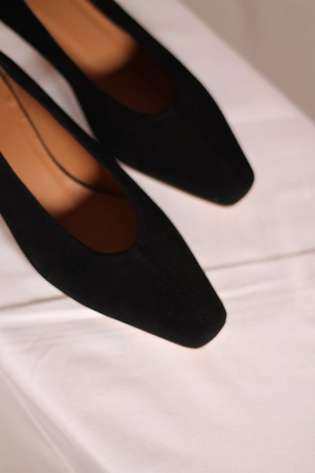 LOQ Frida Shoes - Negro