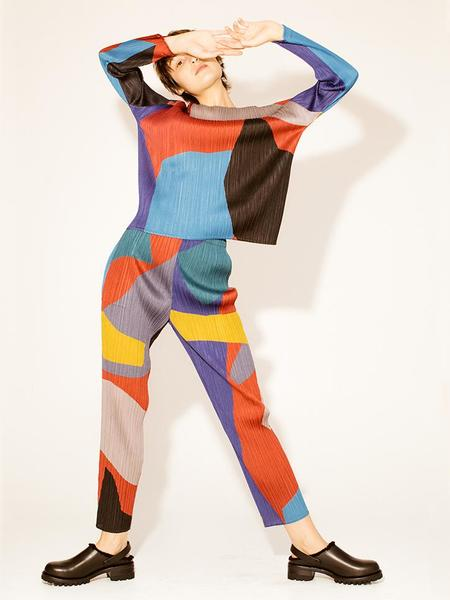 Issey Miyake Clumpy Color Straight Pant - Bordeaux