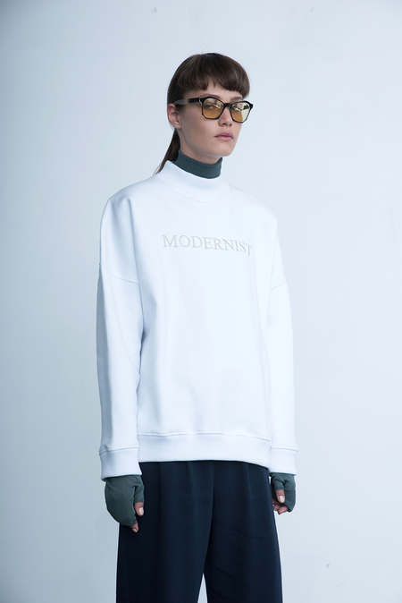 Modernist Mock Neck - white