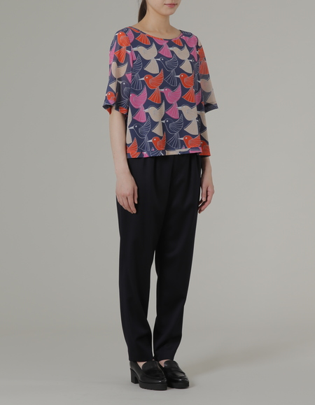 PLAINLESS BLOUSE - BIRD PRINT