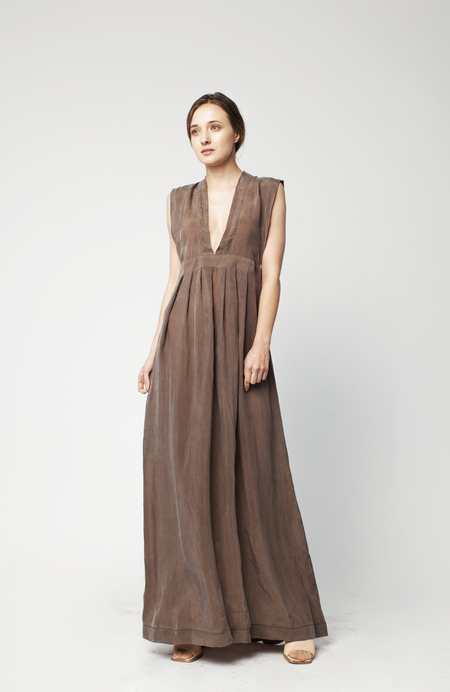 Hannayujin Nari V-Neck Empire Dress - Lentil