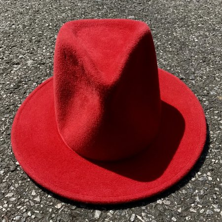 Esenshel TEAR TALL CROWN CLASSIC BRIM HAT - red