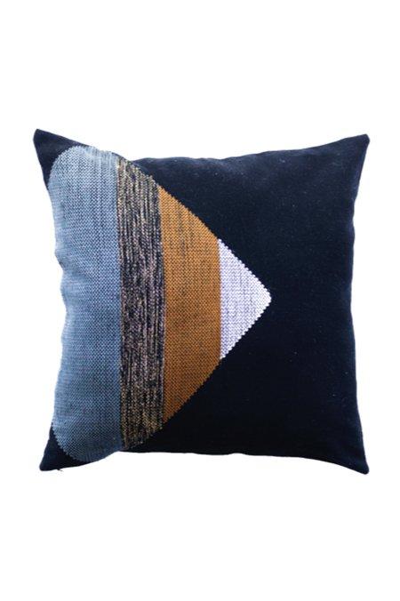 Maya Loom Triangle Backstrap Loom Pillow